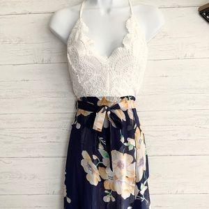 Floral v-neck crochet lace overlay dress